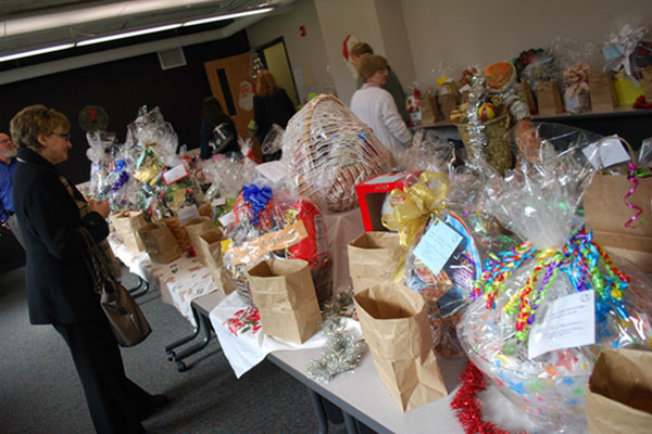 Onondaga Community College fundraser for needy children