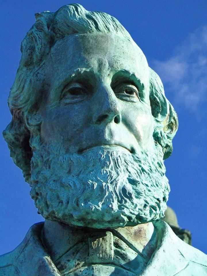 SUNY Oswego - Sheldon Statue