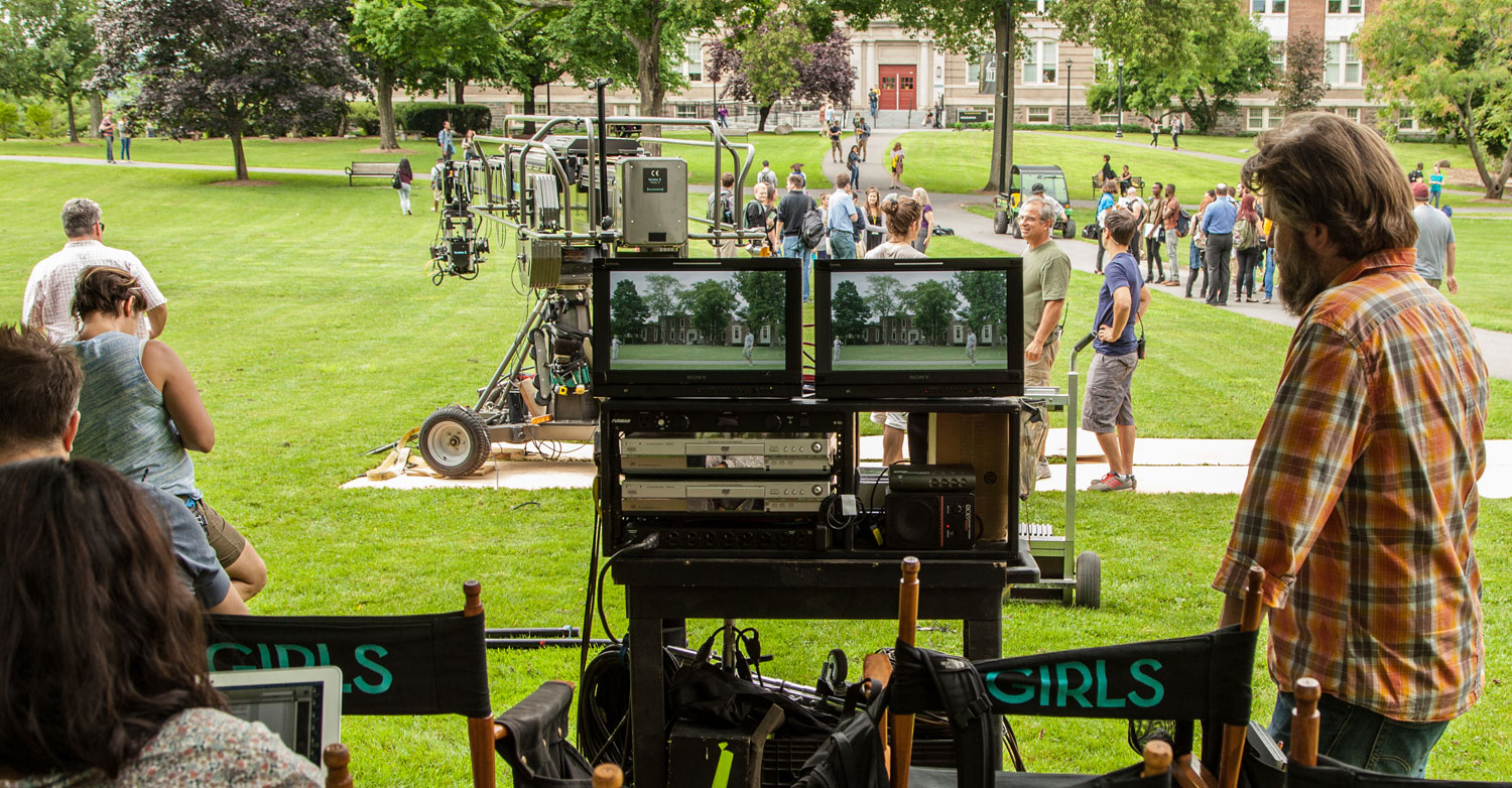 HBO show Girls fims outdoors at SUNY New Paltz