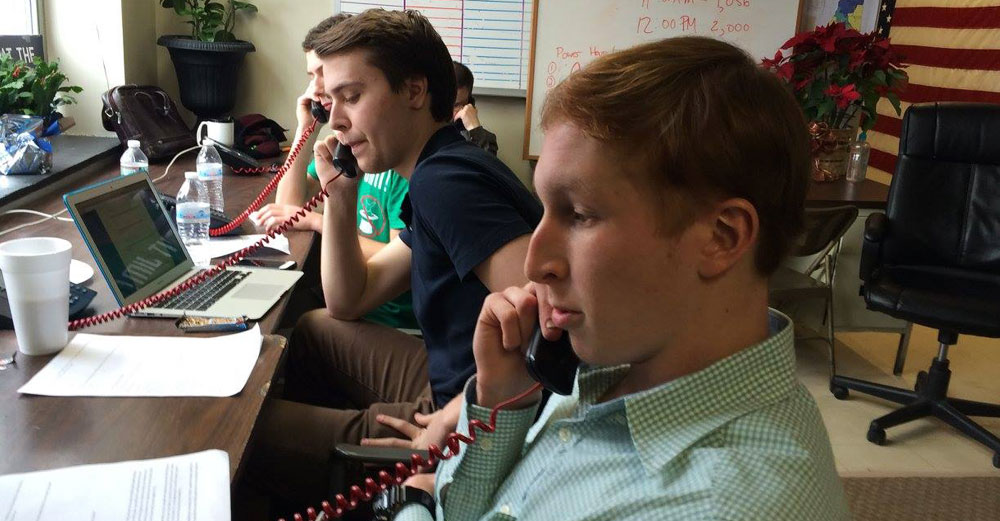 Volunteers from SUNY Oneonta make phone calls on primary day in New Hampshire.
