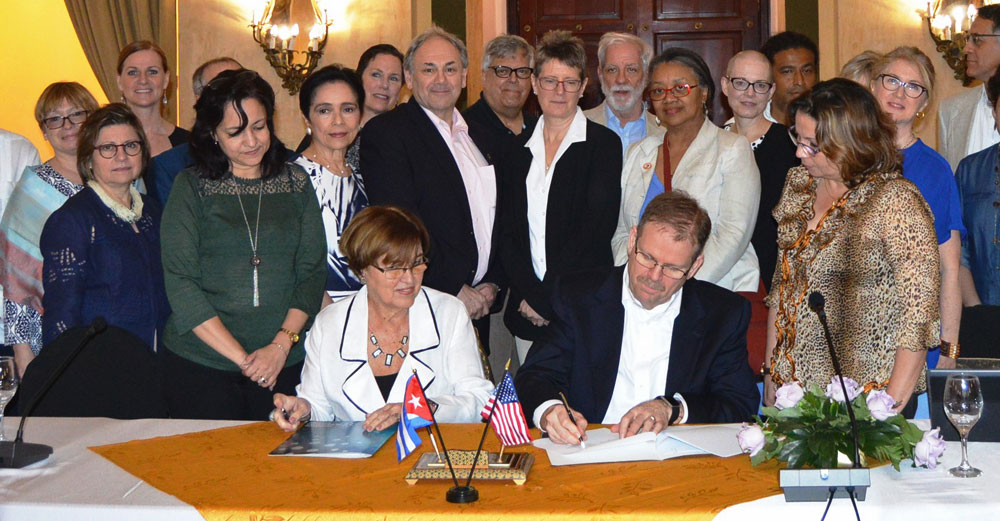 SUNY and Cuban education officials sign an MOU in Havana.