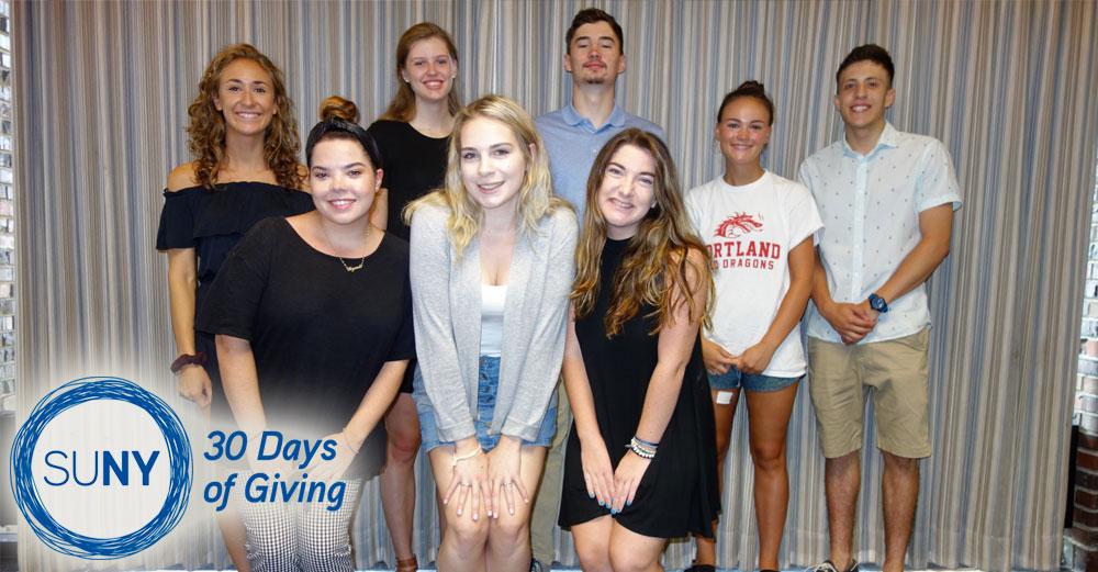 Group of SUNY Cortland students.