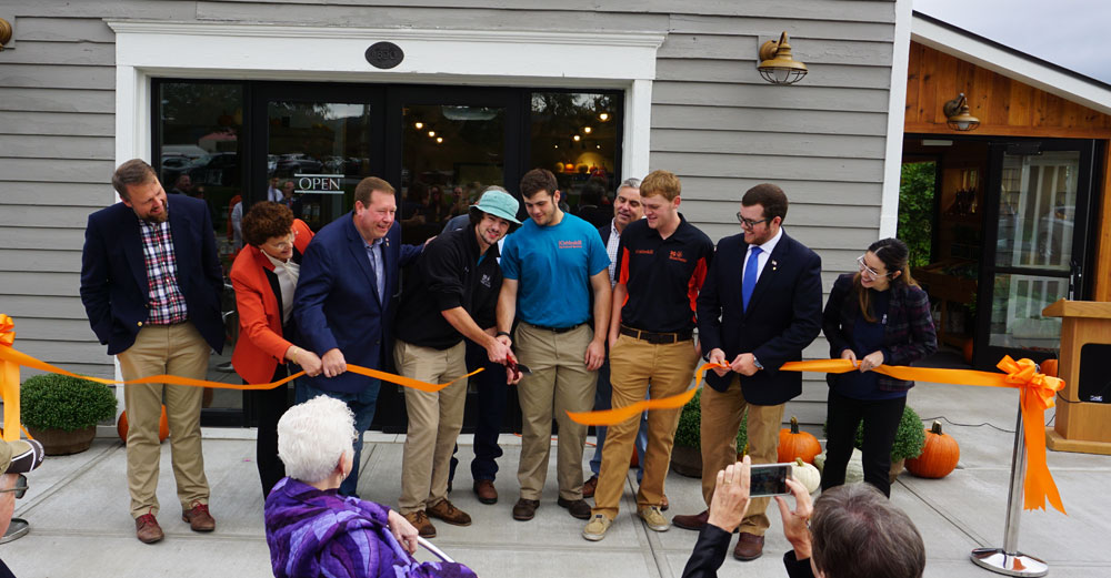 Ribbon cutting at the SUNY Cobleskill Carriage House and General Store
